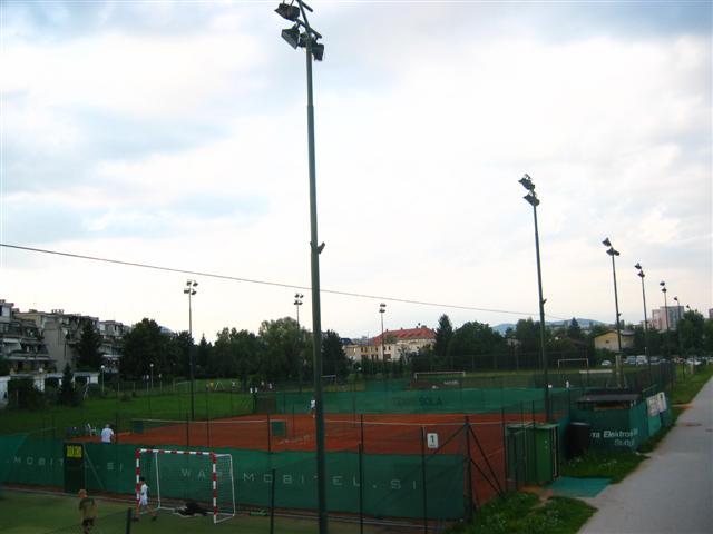 Teniška igrišča
